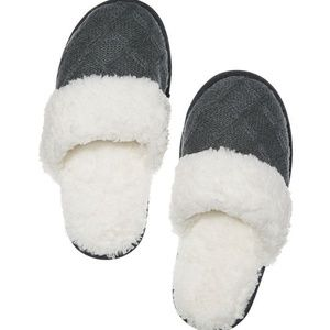 Victoria's Secret Cozy Knit Sherpa Slippers Grey L